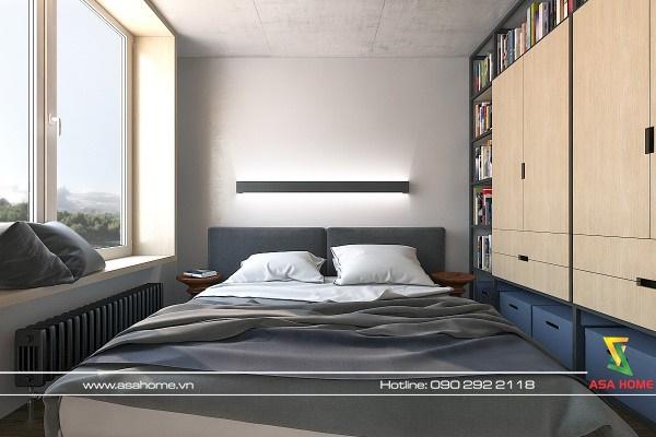 Phòng ngủ được thiết kế đơn giản chỉ gồm 1 giường gỗ và 1 tủ gỗ nhưng vẫn tạo nên sự tinh tế cho căn phòng